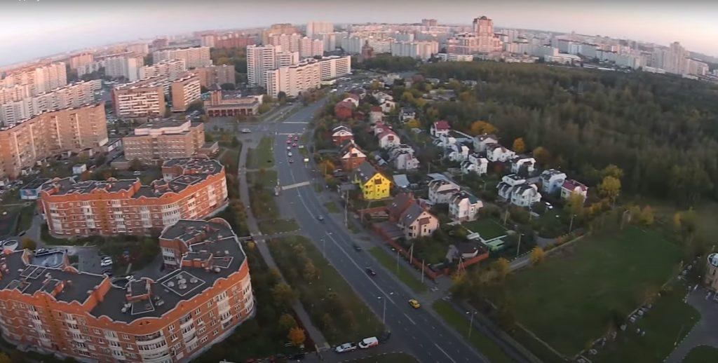 nedvizhimost v zhulebino 1024x518 - Район Выхино-Жулебино ЮВАО: описание, недвижимость, достоинства и недостатки